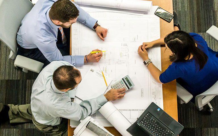 מה החשיבות של ניהול פרויקטים בארגון?