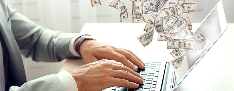 כסף יוצא ממחשב